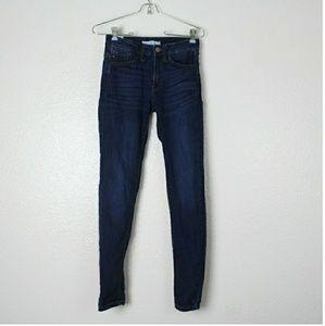 KanCan Dark Wash Skinny Jeans. Size 24